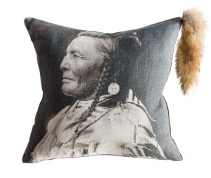 26-Indian-Chief-pillo_Calypso